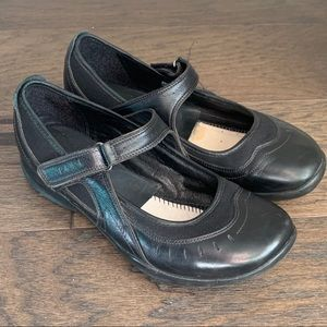 Clarks Wave Black Leather Mary Jane Comfort Shoes